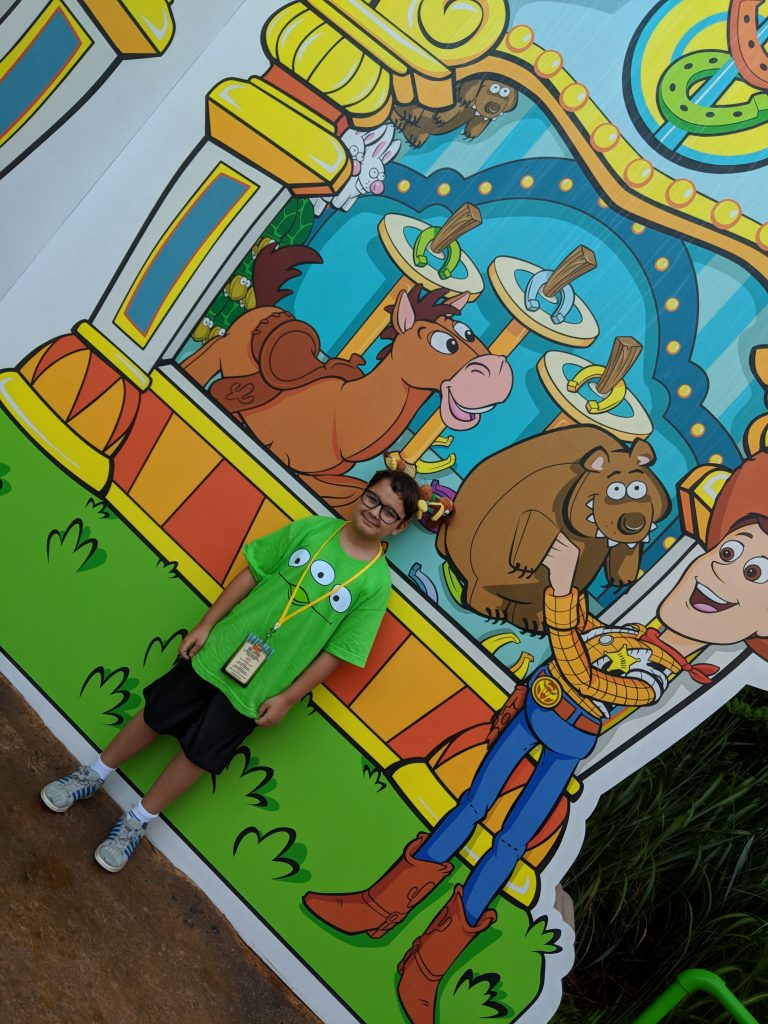 With these Toy Story Land tips you'll discover which Toy Story Land Instagram walls are worth a picture.