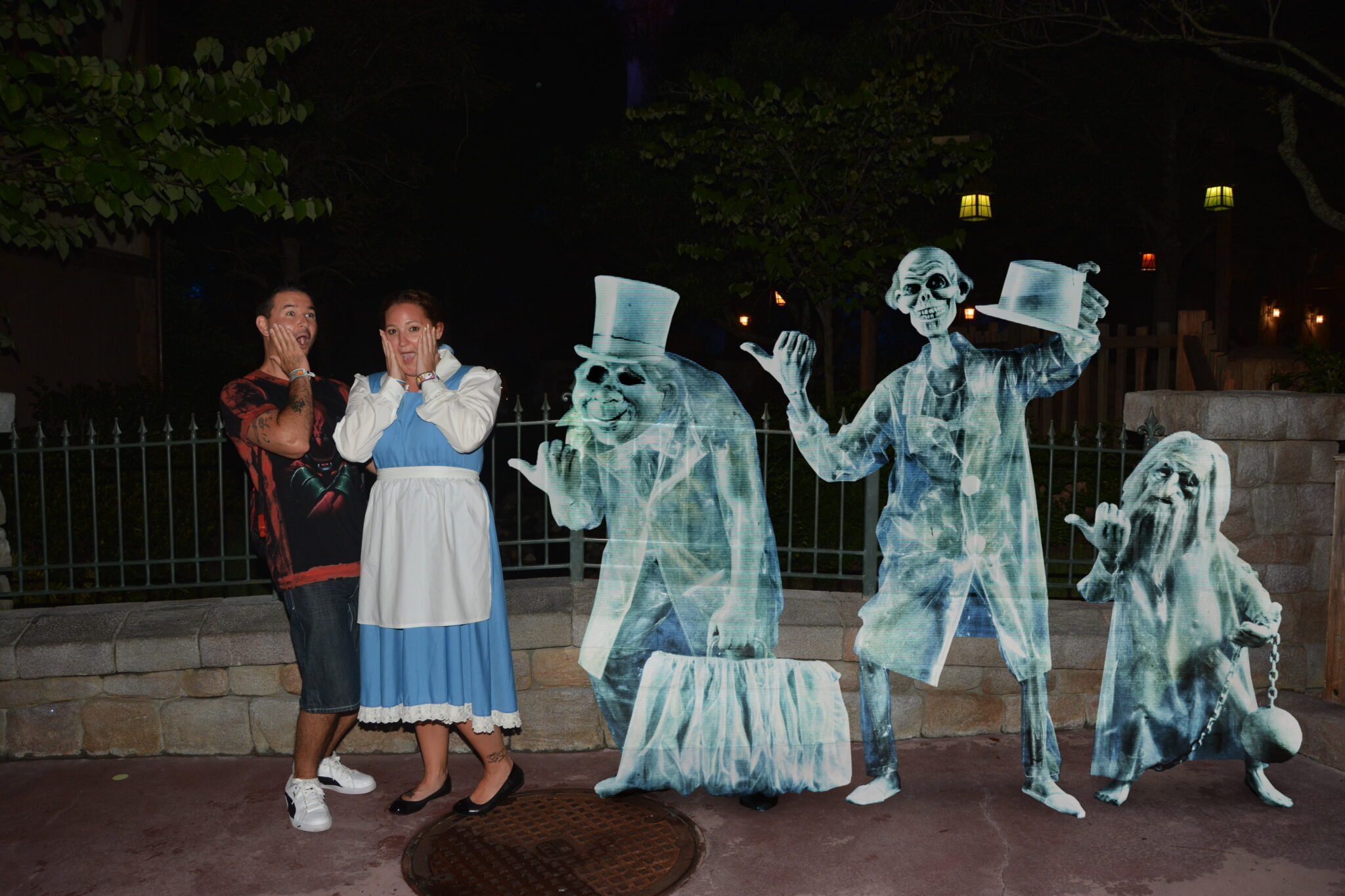 Follow these Mickey's Not So Scary Halloween Party tips and don't miss out on the fun magic shots available.