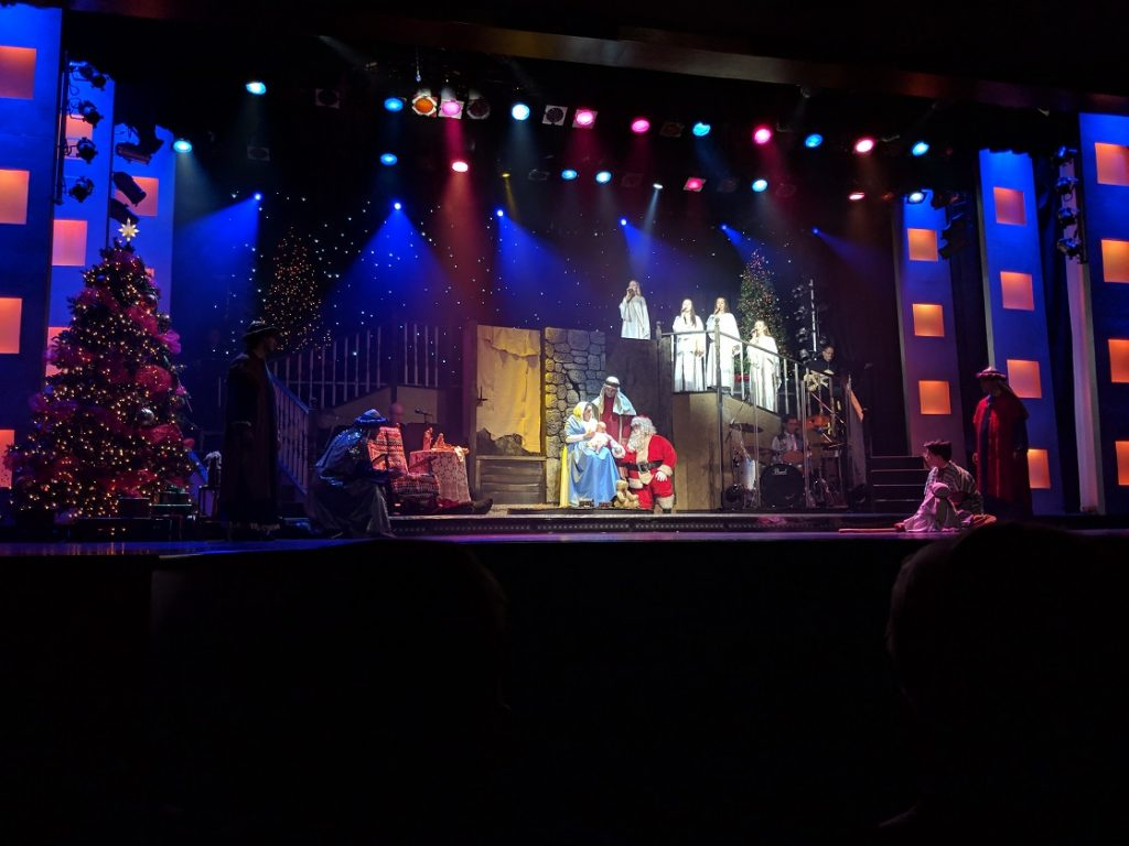 Branson Christmas includes live nativity scene at Hughes Brothers Christmas Show