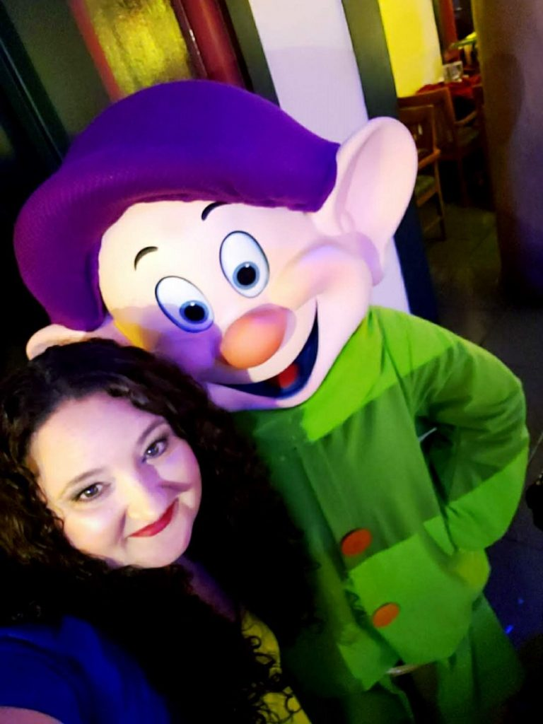 Meet Dopey at Storybook Dining at Artist Point