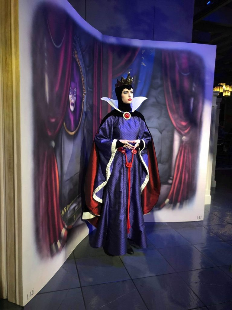 Get a meeting with the Evil Queen at Storybook Dining.