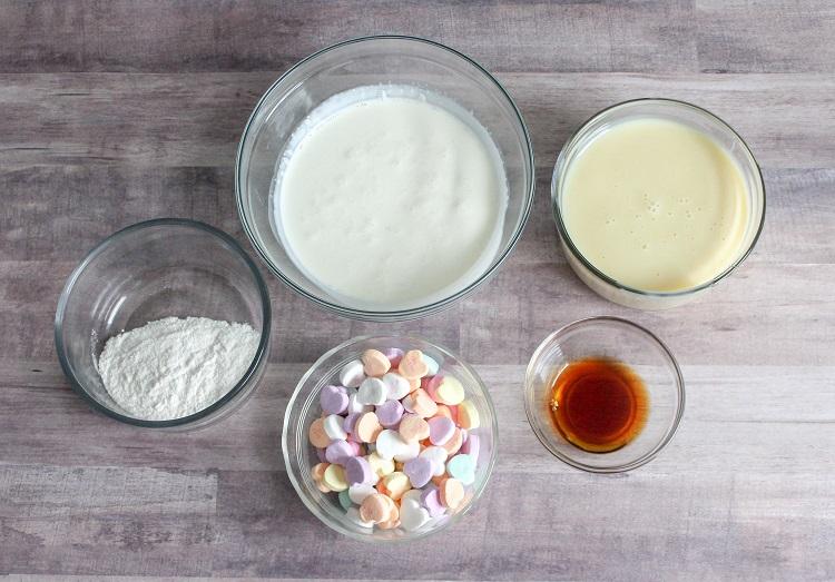 This Valentine's Day no churn ice cream has just 5 ingredients.
