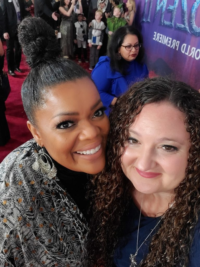 Yvette Nicole Brown on the red carpet at the Frozen 2 premiere