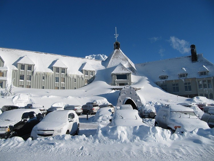 Timberline Lodge is a picture perfect last minute gift of travel destination.