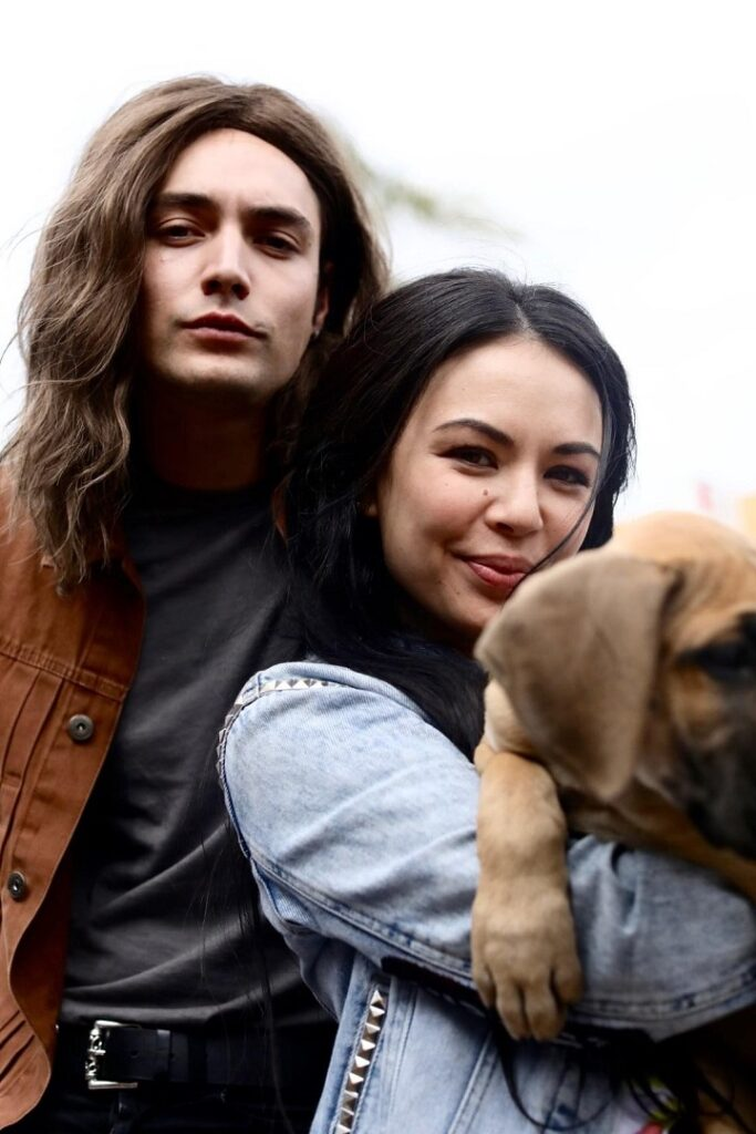Vaughn (Levi Dylan) and his sister, Gina (Janel Parrish).